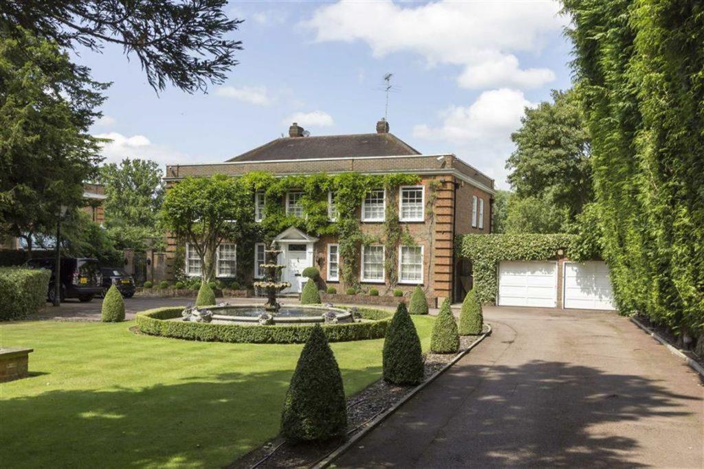 Hadley Green Road, Monken Hadley, Hertfordshire