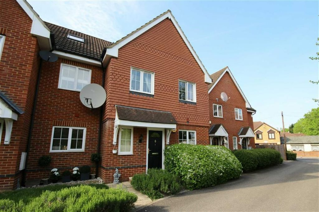 Willowbay Close, Barnet, Hertfordshire