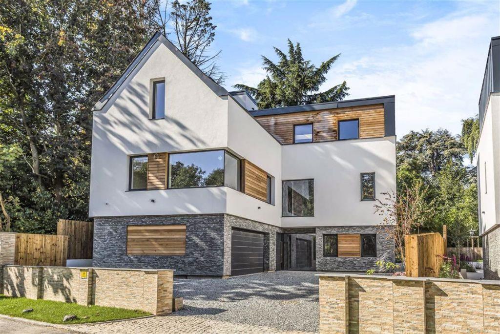 The Warren, Radlett, Hertfordshire