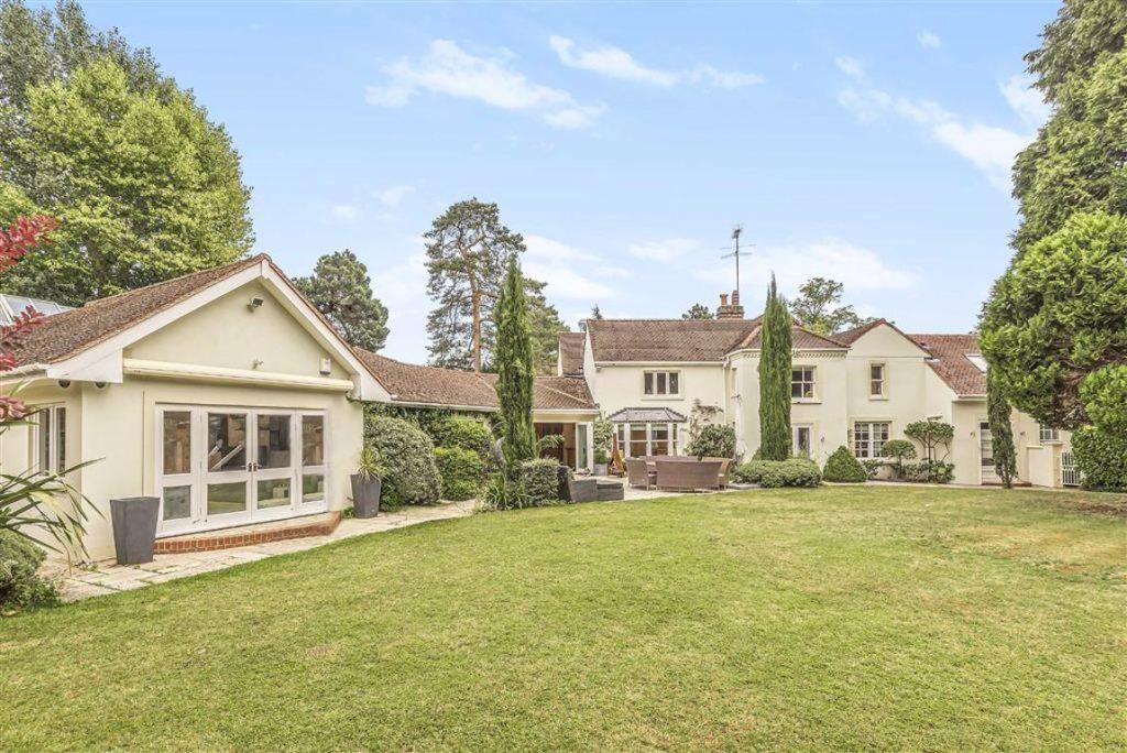 Aldenham Road, Letchmore Heath, Hertfordshire