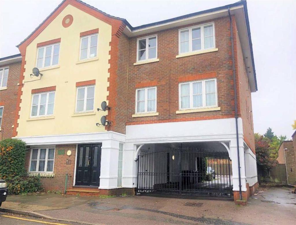 Lytton Road, New Barnet, Hertfordshire