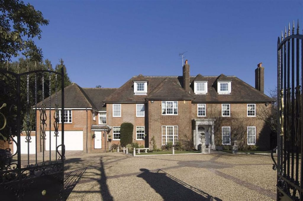Totteridge Village, Totteridge, London