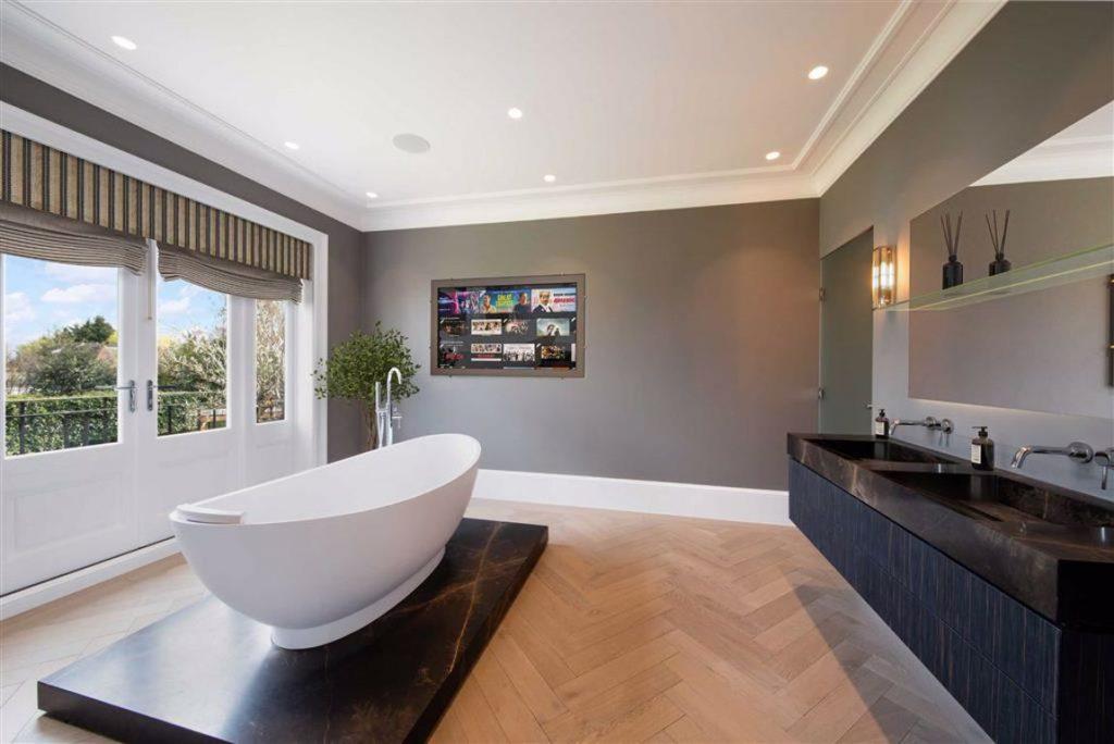 Statons - Rowley Ridge - Bathroom