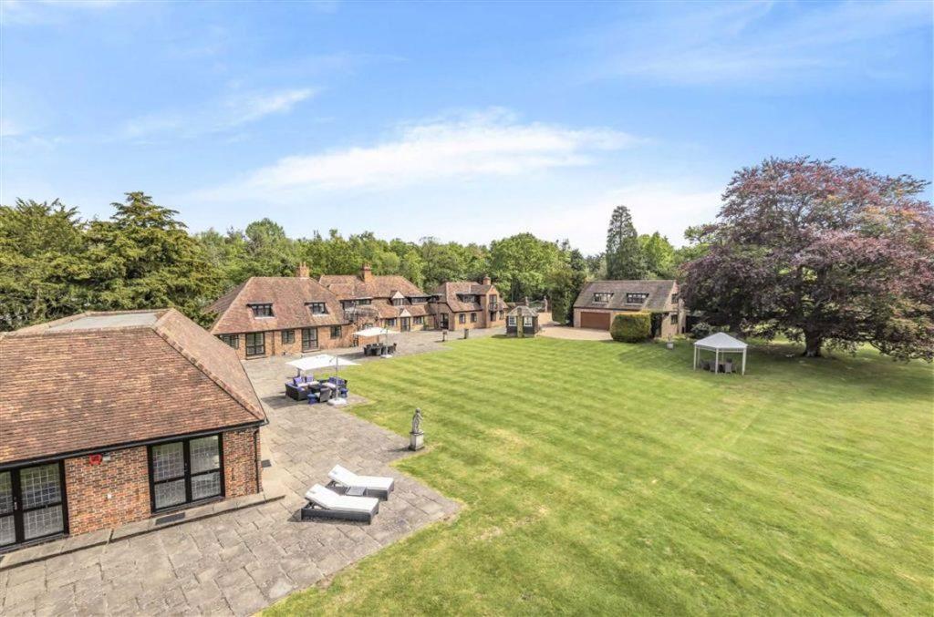 Essendon Manor, Essendon, Hertfordshire