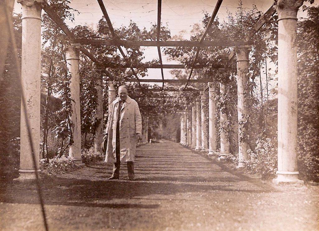 Sir Winston Churchill in Wisteria Walk